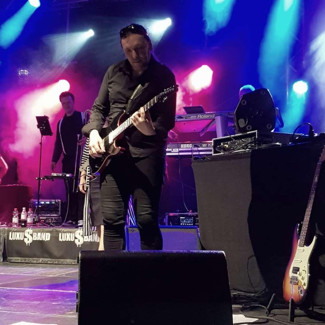 Gitarrist Herb Bucher - Stadtfest Nürtingen - Die Luxusband 2019